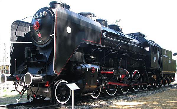 Magyar ipar büszkesége a 424-es gőzmozdony