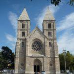 Lehel téri Árpád-házi Szent Margit plébánia templom