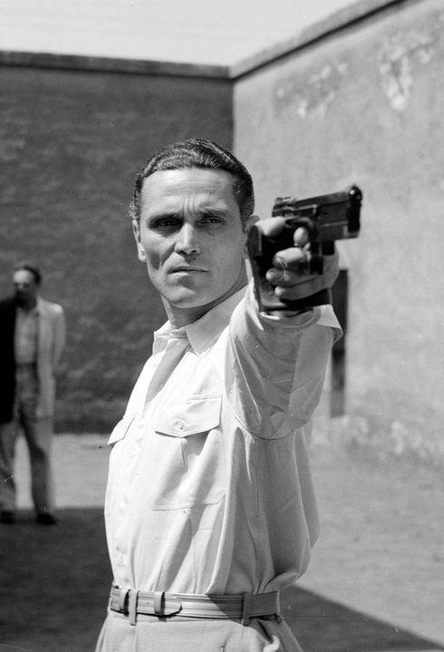 Takács Károly olimpiai bajnok sportlövő, aki megtanult bal kézzel lőni…